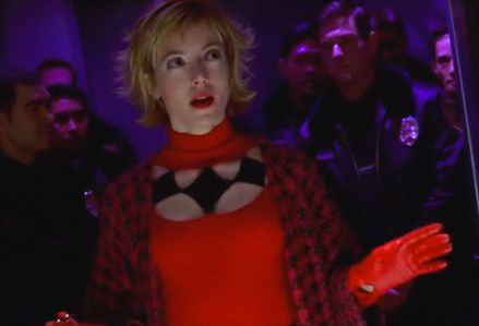 Harley's actual first live-action appearance was in the short-lived (and mostly forgotten) TV series Birds of Prey from the early 2000s. Uniquely, it featured Harley as the big bad - she was running Gotham's underworld on her own after the disappearance of Joker (and Batman) sometime previously. She was played by Mia Sara.