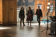 """The Flash -- """"Invasion!"""" -- Image FLA308b_0162.jpg -- Pictured (L-R) Carlos Valdes as Cisco Ramon, Melissa Benoist as Kara/Supergirl and Grant Gustin as Barry Allen -- Photo: Dean Buscher/The CW -- © 2016 The CW Network, LLC. All rights reserved"""