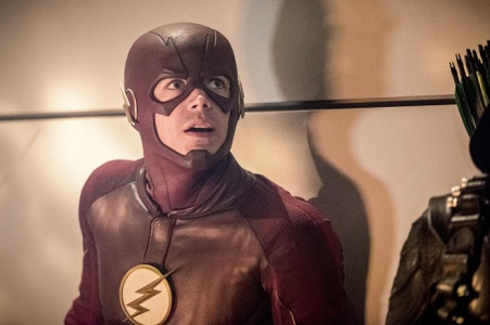 """The Flash -- """"Invasion!"""" -- Image FLA308c_0343b.jpg -- Pictured: Grant Gustin as The Flash -- Photo: Dean Buscher/The CW -- © 2016 The CW Network, LLC. All rights reserved."""